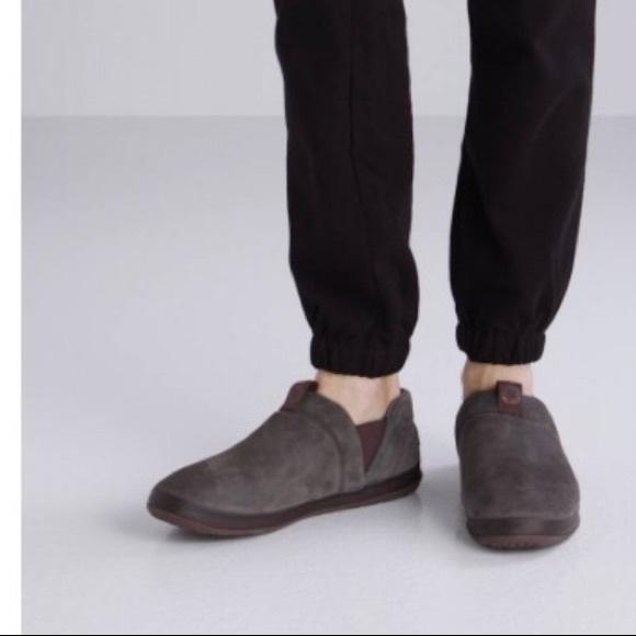 e9249090f1a BNIB Men's Hanz Ugg Slippers Size 11 Black